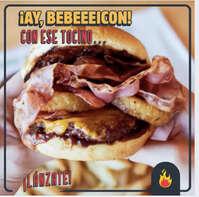 Deliciosa hamburguesa con tocino